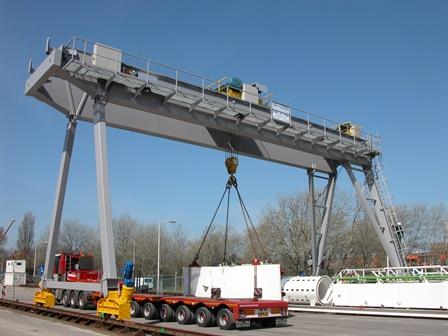 Gantry crane Hubertus tunnel - Den Haag